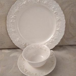 Other - Wedgwood Embossed Queen's Ware Plate